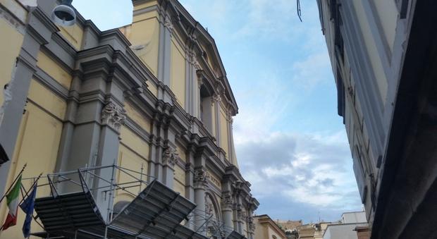 Chiesa Santa Maria degli Angeli a Napoli: è allarme degrado