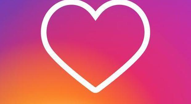 Instagram, rivoluzione in arrivo: via la funzione dei cuoricini