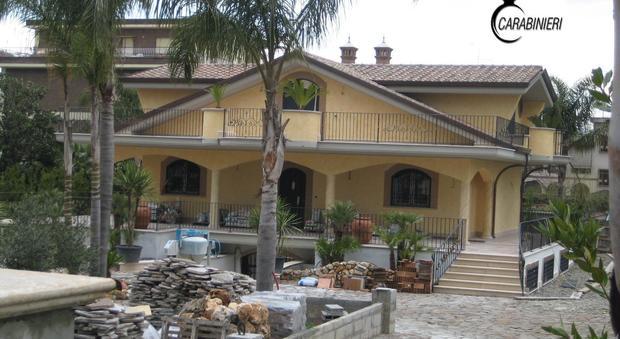 All 39 asta la villa di lusso sequestrata ai casamonica il - Ricomprare la propria casa all asta ...