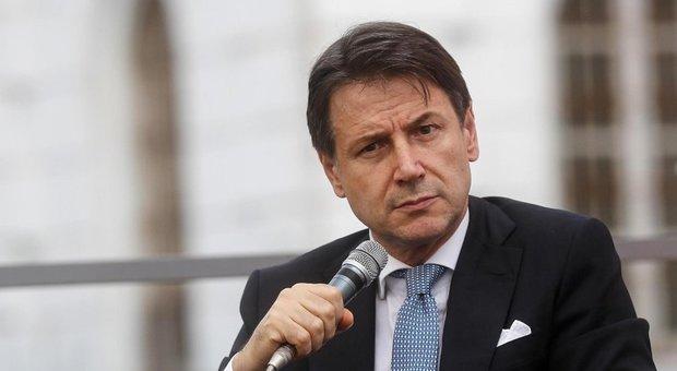 Conte a Di Battista: «Mi fido del Pd, governo sostenibile. Salvini? Gli chiedevo cortesie»