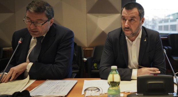 Violenza ultr&agrave; negli stadi, Salvini:<br /> &laquo;No stop partite per cori razzisti&raquo;