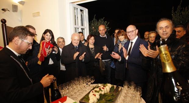 Mozzarella Dop e Reggia di Caserta tweet di Renzi cosi riparte il Sud