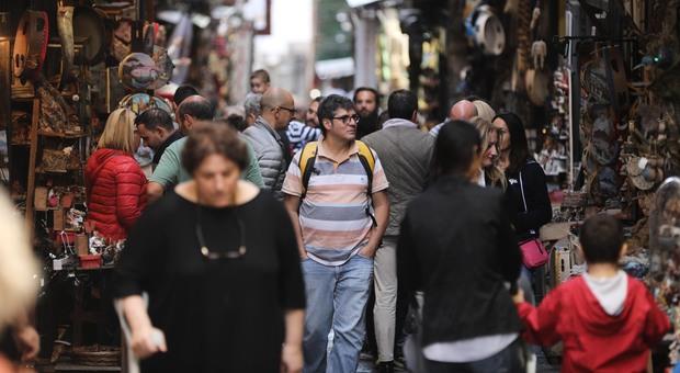 Napoli assaltata dai turisti è l'Ottobre dei Monumenti