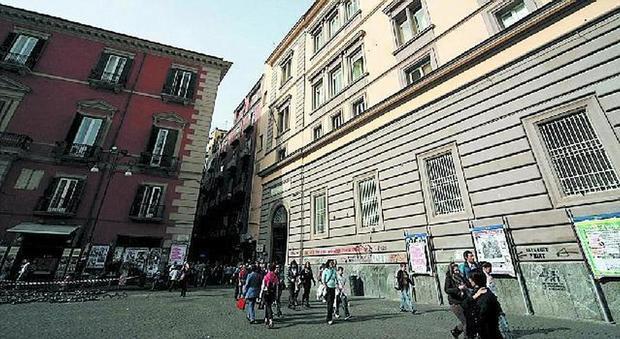 Napoli, corridoi vietati nell'intervallo studenti in rivolta al Genovesi