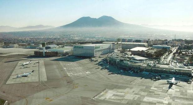 Napoli. Incidente a Capodichino: operaio investito da un'auto sulla pista