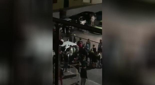 Roccapiemonte: i soccorsi dopo la maxi rissa - Il Mattino