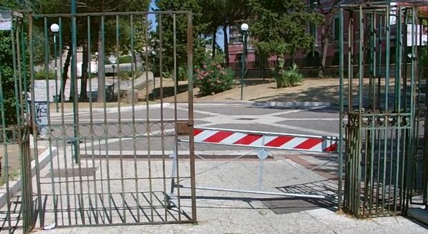 Napoli non è più verde i parchi di periferia abbandonati