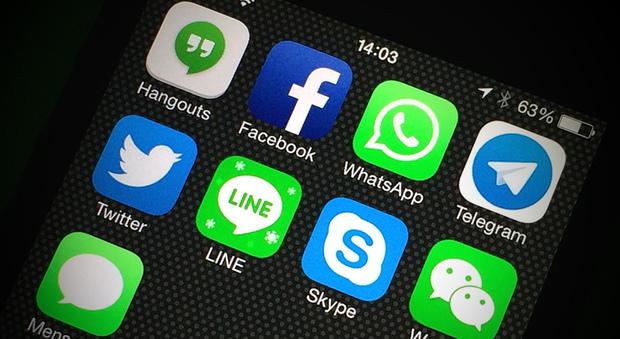 WhatsApp, ecco come creare un profilo invisibile per le chat segrete
