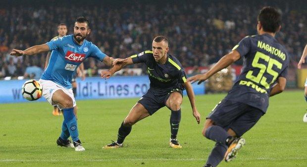 Napoli, Albiol non fa drammi: «Settimana dura, Inter una grande»