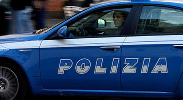 Roma ospita un conoscente lui per lasciare casa gli chiede 2 mila euro e lo minaccia di morte