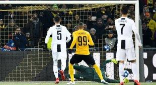 La Juventus perde e chiude prima: con lo Young Boys non basta Dybala
