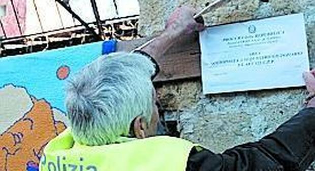 Napoli, vergogna Rom, sbloccati i fondi, è battaglia sui villaggi