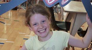 L'ultimo saluto alla figlia di 9 anni prima che muoia: la foto commuove il web