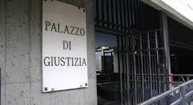 Abusata da bambina va in tribunale e riconosce l&acuteorco dopo 40 anni