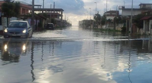 Maltempo a Caserta, allagamenti e danni: preoccupa il livello del fiume Volturno - Il Mattino