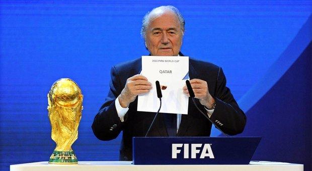 Blatter ci ripensa: «Avrei dovuto fermarmi prima...»