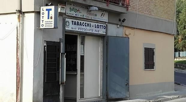 Pozzuoli, vinti 5 milioni di euro in tabaccheria vicino al Comune