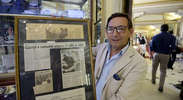 Ciampi, primo caffè pagato in euro al Gambrinus di Napoli   Video