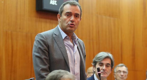 De Magistris: «Impediremo che Napoli sia ancora discriminata»