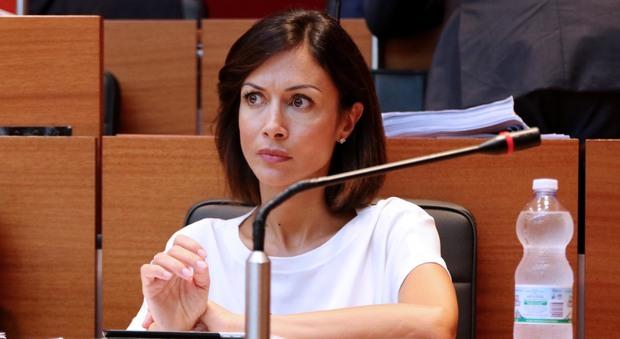 Carfagna: «De Magistris è un ribelle senza causa»