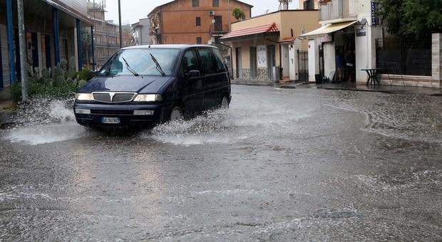 Il maltempo ritorna, criticità gialla in Campania