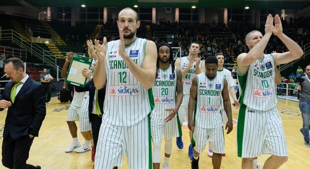 Champions, Sidigas Lo zampino degli arbitri nella sconfitta con gli iberici