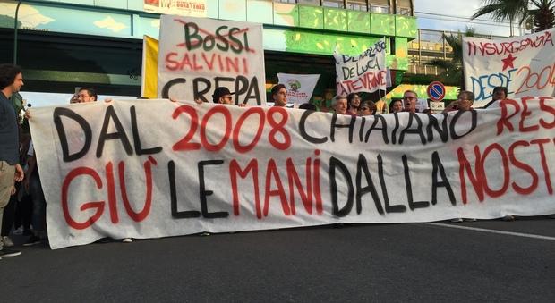 Napoli. Nuova discarica corteo a Chiaiano, gli abitanti: «ci opporremo con tutte le nostre forze
