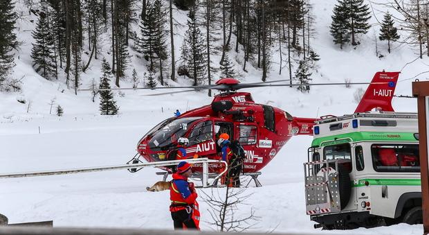 Ragazza muore a 16 anni mentre scia: era in gita con la scuola