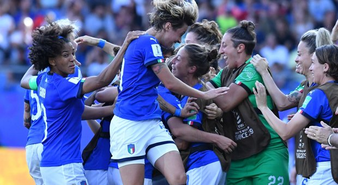 Le Azzurre fanno impazzire l'Italia: 2-0 alla Cina, siamo ai quarti!