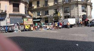 Piazza Garibaldi ostaggio di degrado e extracomunitari