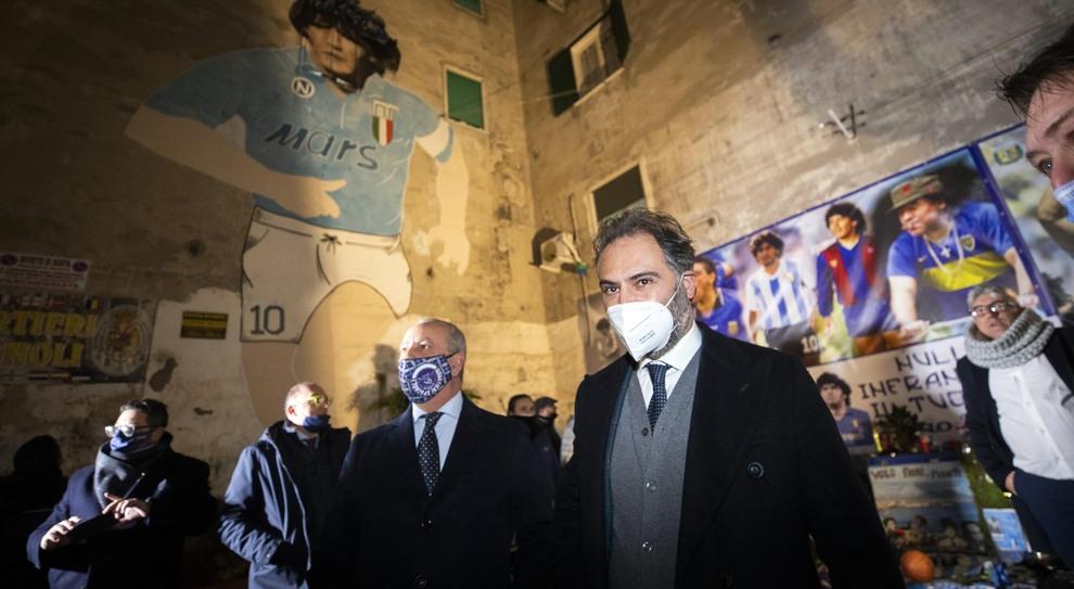 Elezioni comunali a Napoli, il centrodestra ha scelto Maresca: intesa sul  nome, resta il nodo dei simboli - Il Mattino.it