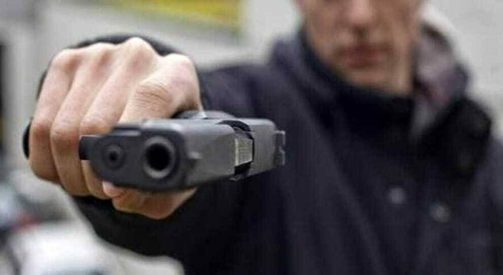 Napoli, via Argine: rapinano una coppia, un arrestato e due denunciati - Il  Mattino.it