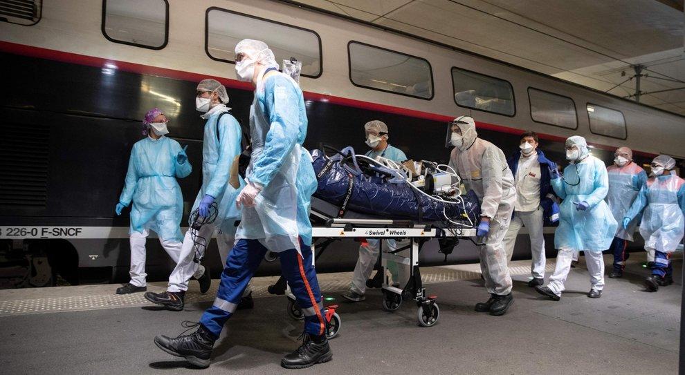 Coronavirus In Francia Ospedali Al Collasso Pochi I Posti In Rianimazione Il Mattino It