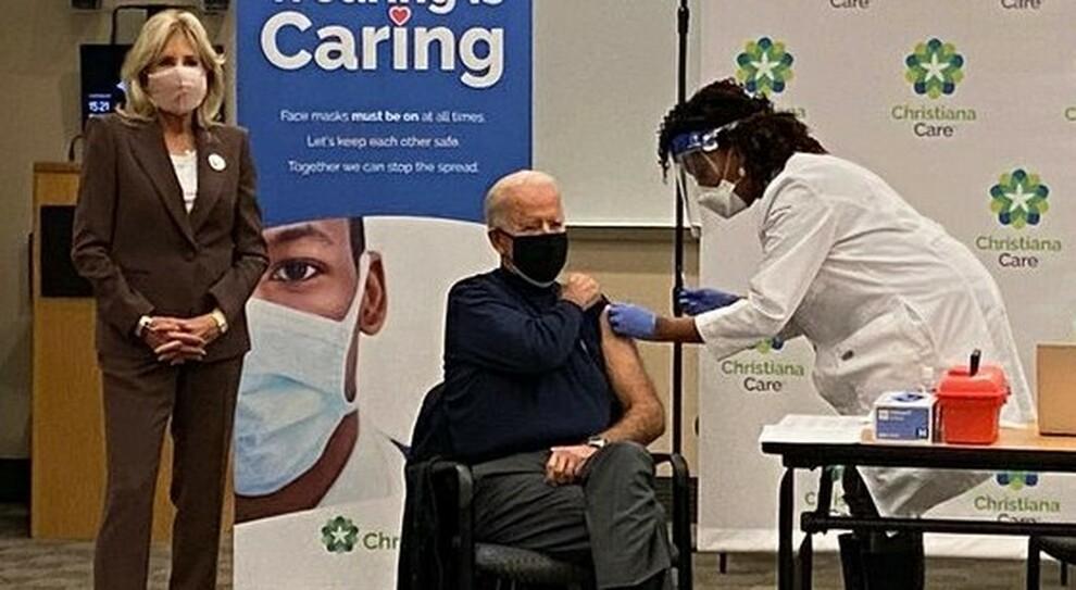 Covid, Joe Biden si vaccina in diretta tv: «Fatelo tutti, è sicuro» - Il  Mattino.it