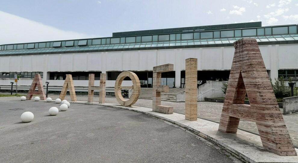 Centola, operaio di Pisciotta cadde dal tetto e morì. Condannato il datore di lavoro.