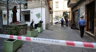 Omicidio a Napoli, boss ucciso con venti colpi tra la folla: è la faida per  la droga nei vicoli del centro storico - Il Mattino.it
