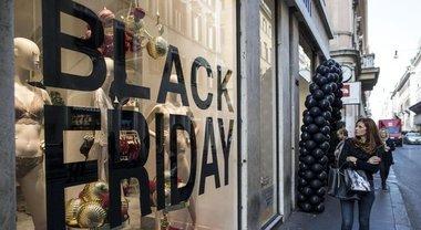 più recente 0f7a8 88273 Black Friday, da Zalando ad Asos: ecco tutte le offerte e gli ...