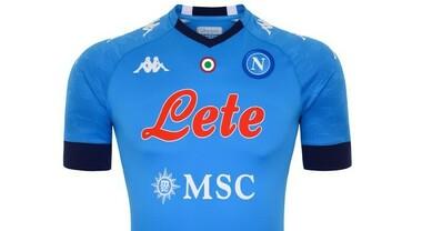 Napoli, la maglia 2021 è già online:nuovi colori e la patch della ...