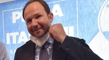Regionali Campania 2020, Zinzi denuncia:«Aggredito in video per non far  votare Lega» - Il Mattino.it