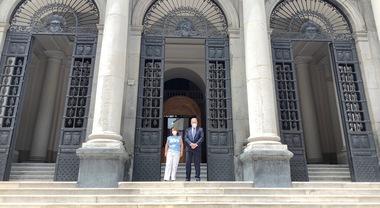 Napoli, riaperte le porte della sede storicadella Federico II: targa con un  QR code - Il Mattino.it