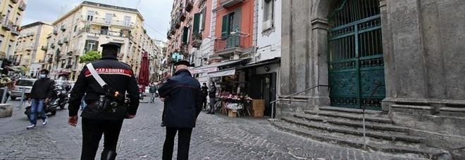 Napoli: le notti proibite di Jr, il figlio 15enne del boss. Corse in moto e diretta social durante il coprifuoco