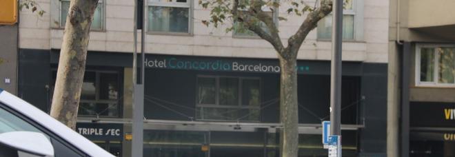 Barcellona, uccide il figlio di due anni per vendicarsi dell'ex. Sul corpo un biglietto: «Ti lascio quel che meriti»