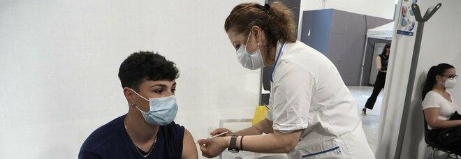 Vaccini, nei prossimi 60 giorni in distribuzione 50 milioni di dosi, verso l'immunità di gregge a fine agosto