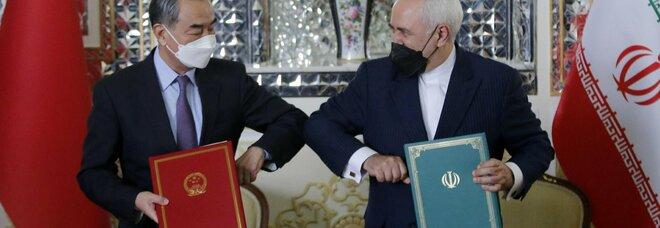 Cina-Iran, schiaffo a Biden: firmato un patto di 25 anni