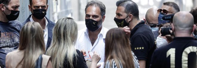 Comunali a Napoli, Catello Maresca a Scampia dai Maddaloni: «Cambiamo il racconto delle periferie»