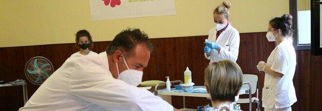 Vaccini Covid open day, la corsa dei giovani a Benevento