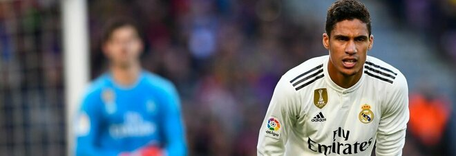 Champions, allarme Real Madrid: Varane è positivo al Covid. Salterà il match di stasera