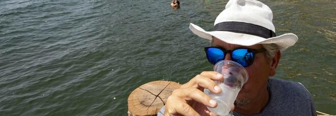 Mare vietato a Napoli: «È una follia, qui l'acqua si beve»