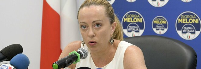 Reddito di cittadinanza, Giorgia Meloni: «È come il metadone per i tossici, va abolito»