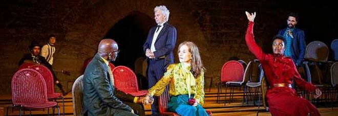 Isabelle Huppert al Teatro Grande di Pompei chiude «Theatrum Mundi»